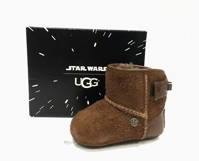 bcdf571a0d0 UGG STAR WARS CHEWBACCA WOOKIE SCUFF DECCO SLIPPERS Youth Size 4 ...