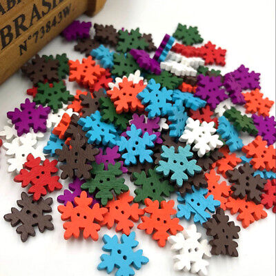 50/100 pc Merry Christmas Snowflake Wood Buttons Sewing Mix 18 mm W196