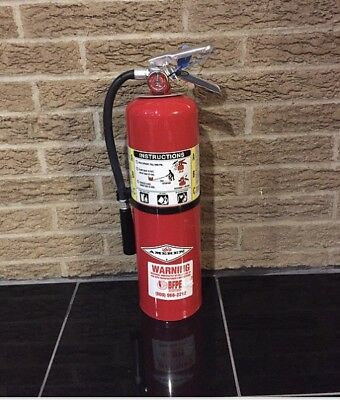 Refurbished 10lb ABC Fire Extinguisher (nice) With New Cert TAG & Bracket