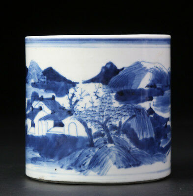 Antique Chinese Qing Dynasty Porcelain Brush Pot Blue And White