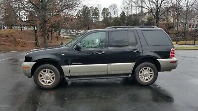 2002 Mercury Mountaineer V8 AWD 2002 MERCURY MOUNTAINEER V8 AWD 277335 Miles OXFORD WHITE CLEARCOAT/MEDIUM GRAY