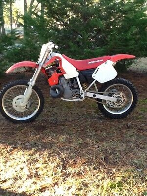 2001 Honda CR  2001 HONDA CR500 Low hours CR500R will be sold fast