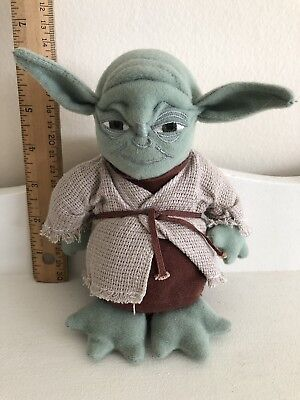 YODA 1997 Kenner Star Wars Buddies Beanie