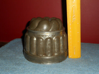 Victorian Jelly Mold Round Fluted Tin Lady Fingers High Relief Domed Aspic Molds