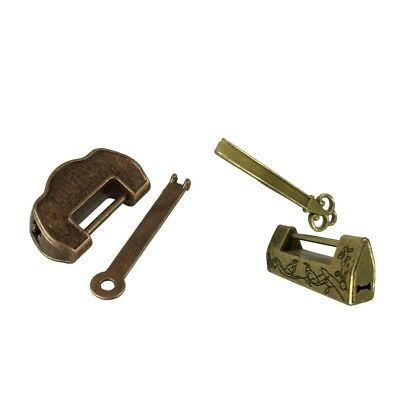 2pcs Antique Style Chinese Brass Carved Pattern Padlock Lock with Key Bronze