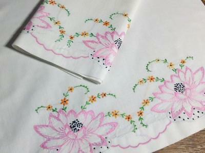 Vintage Pillowcase Set Pink Embroidered Water Lily Cotton 20x33