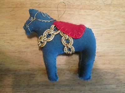 Dala Horse ornament Green Wool felted Scandinavian Swedish handcrafted gold