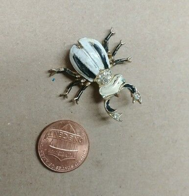 Vintage White Enamel INSECT BUG Rhinestone Accent Brooch Pin LQQK