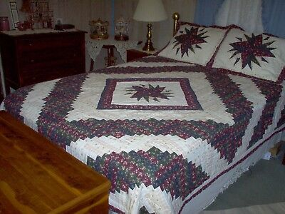 Queen/Full Navy+Bug. Log Cabin Star Quilt and Shams 86x86