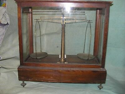 ANTIQUE HENRY TROEMNER PA. APOTHECARY Analytical Scale W ACCESSORIES EARLY 1900s