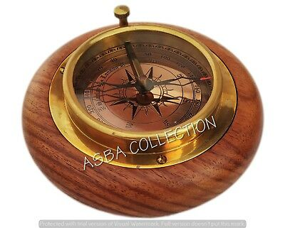 Nautical Vintage Brass Compass Wooden Base Maritime Tabletop Compass Paperweight