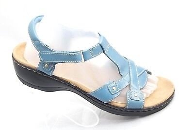 4a3d0dbeebf Clarks Womens Size 9M Teal Leather T Strap Ankle Strap Open Toe Heels  Sandals