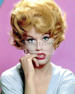 Actress Jane Fonda - 8X10 Publicity Photo (Rt422)