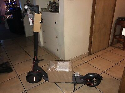 Brand New Xiaomi Mi M365 foldable Electric Scooter 18.6mi Long Range Battery