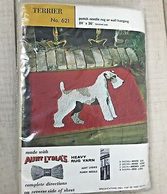 Vintage Aunt Lydia's wall hanging or rug punch kit #621 Terrier