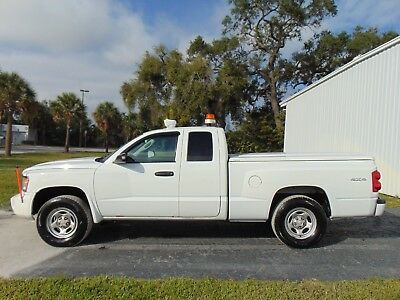 2010 Dodge Dakota 3.7 LITER V6 - 4X4 2010 DODGE DAKOTA - 4X4 - EXTENDED CAB 4 DOOR V6 AUTOMATIC - MUNICIPALITY OWNED