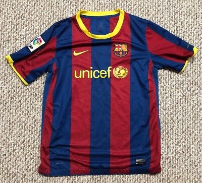 fbfc97af5e6 Mens FC Barcelona Blue Red Striped Kit Unicef LFP Size S