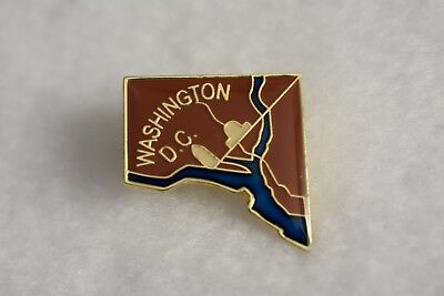 Washington DC  colorful lapel pin Nice NEW!!!