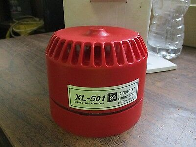 Neuf Projects Unlimited Rouge Alarme XL-501