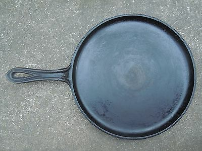 "Antique Cast Iron 10"" Shallow Skillet Griddle Fry Pan Gate Mark Smoke/Heat Ring"