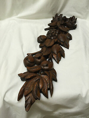 Handsomely Carved Vintage Wooden Fruit and Leaf Wall Plaque Decoration
