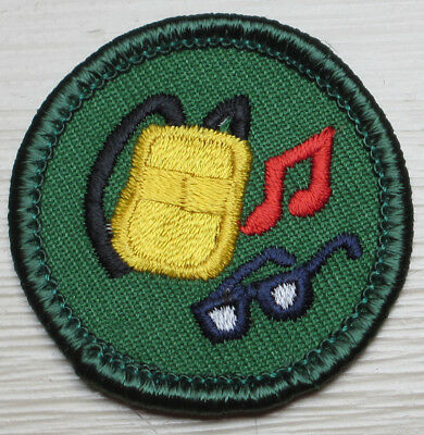 HTF Retired Girl Scout Junior WINTER SPORTS BADGE Snow Skiing Boarding Patch NEW