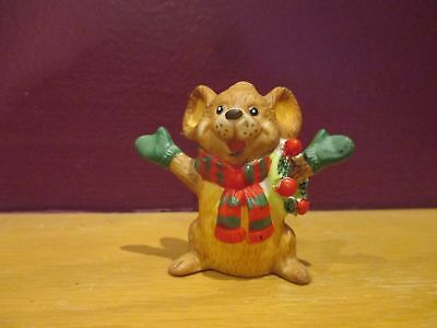 Vintage miniature Christmas mouse with wreath on arm Enesco E-8725