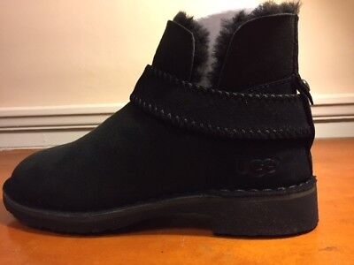 580f188a09b WOMENS UGG MCKAY boot size 5.5 black. New in box.