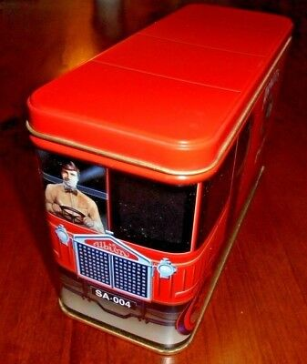 Arnott's Collectable 450g Biscuit tin from 1999 ~ Red Truck  SA-004 ~ VGC
