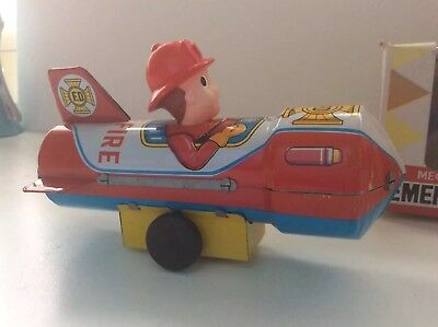 EMERGENCY SPACE ROCKET Mecanical Wind-up Motor Altes Blechspielzeug