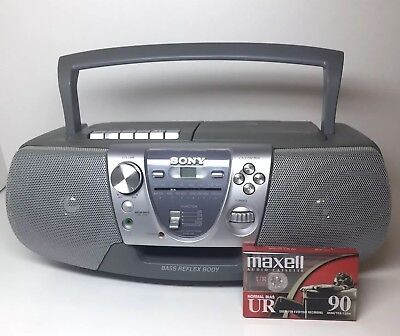 Sony Cd Radio Tape Player Portable Boombox Cfd-v8