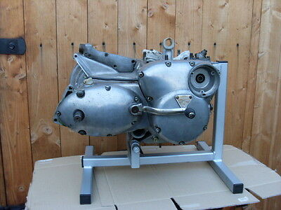 motor cycle triumph trident  t150 engine stand