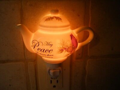 Never used Cracker Barrel Teapot Nightlight Seasons of Peace Cardinal