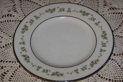 Lenox USA - Brookdale H500 - 6 3/8-inch Bread Plate - Superior Condition