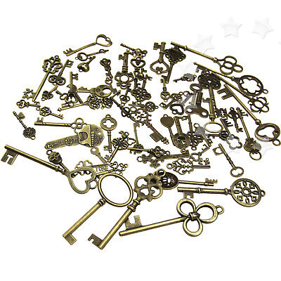 70pcs Antique Vintage Bronze Old Fashion Keys  Pendants Decor Gift
