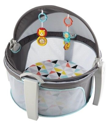 Fisher-Price On-the-Go Baby Dome Windmill Play Shades Tents
