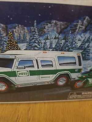 2004 Hess Truck Sports Utility Vehicle & 2 Motorcycles Toy In Box Hard to Find