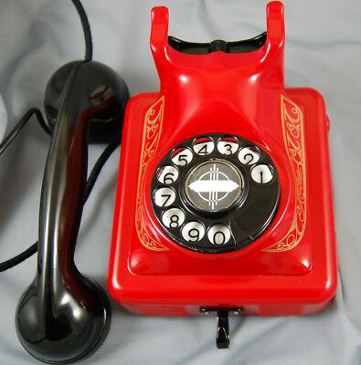 Belgium Bakelite And Metal Desk Telephone, Restored,finished In Fire Engine Red