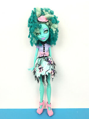 Monster High Doll Honey Swamp Frights Camera Action / Poupée