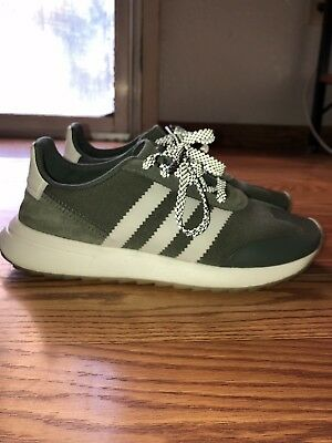 Hueso Incontable Hacer  ADIDAS ORIGINALS FLB Runner Flashback Womens Running Shoes Green White  BY9303 $44.99 PicClick