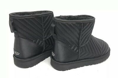 f13e5c3936e UGG CLASSIC MINI Quilted Stain Women Ankle Boots New Sz 9 Authentic ...