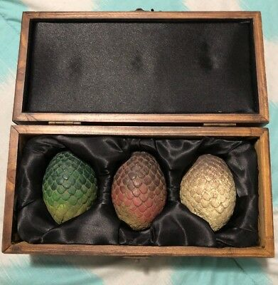 Game of Thrones Authentic Prop - Dragon Eggs In Wooden Box Set