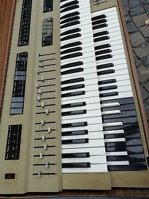 70er VINTAGE Combo-Orgel mit Strings,Zugriegeln ; Piano-Effekte,Percussion