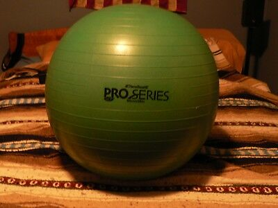 """Model 30-1878 Thera-Band SCP Pro Series ball green 65 cm 25.6/"""""""