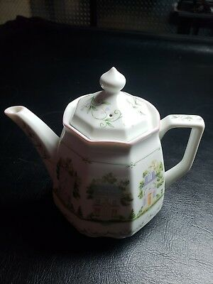 Lenox village/cottage giftware collection coffee pot! Excellent condition never!