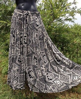 Vintage 70s Long Cotton Cheesecloth Hippy Skirt Full Flare Black & Ivory Size M