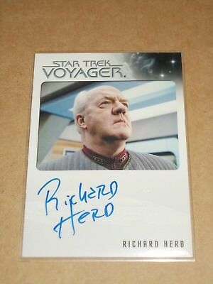 Star Trek Quotable Voyager Richard Herd as Admiral Paris autograph MINT