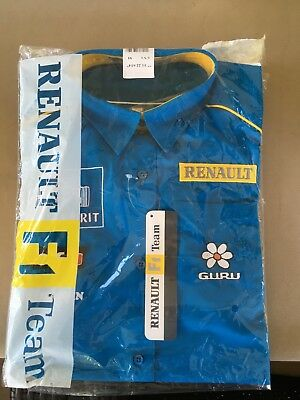 Official F1 Renault Merchandise Shirt Size M. Never worn. In original packaging.