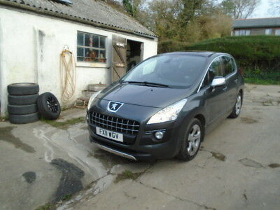 PEUGEOT 3008 EXCLUSIVE DHi 2011, AUTOCHAIR MINI HOIST FULLY FITTED & GOGO BUGGY