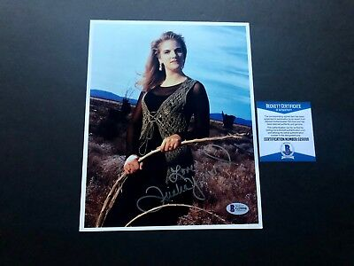 Trisha Yearwood Hot! signed autographed country Garth 8x10 photo Beckett BAS coa